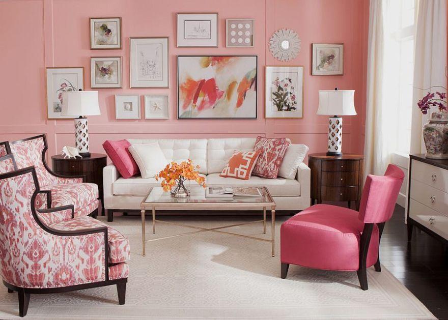 Salón pintado en rosa