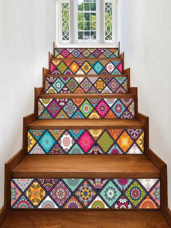 Vinilo mandala para la decoración de la escalera