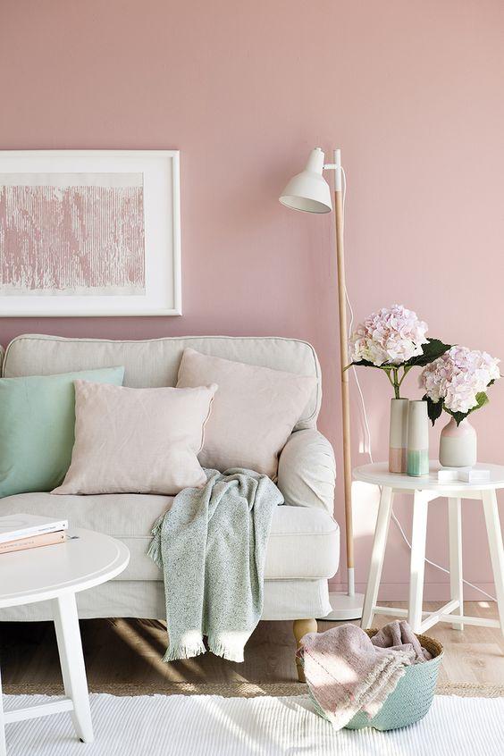 regla 60/30/10 para un salón rosa