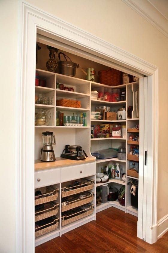 organizar-la-despensa-en-armario-empotrado
