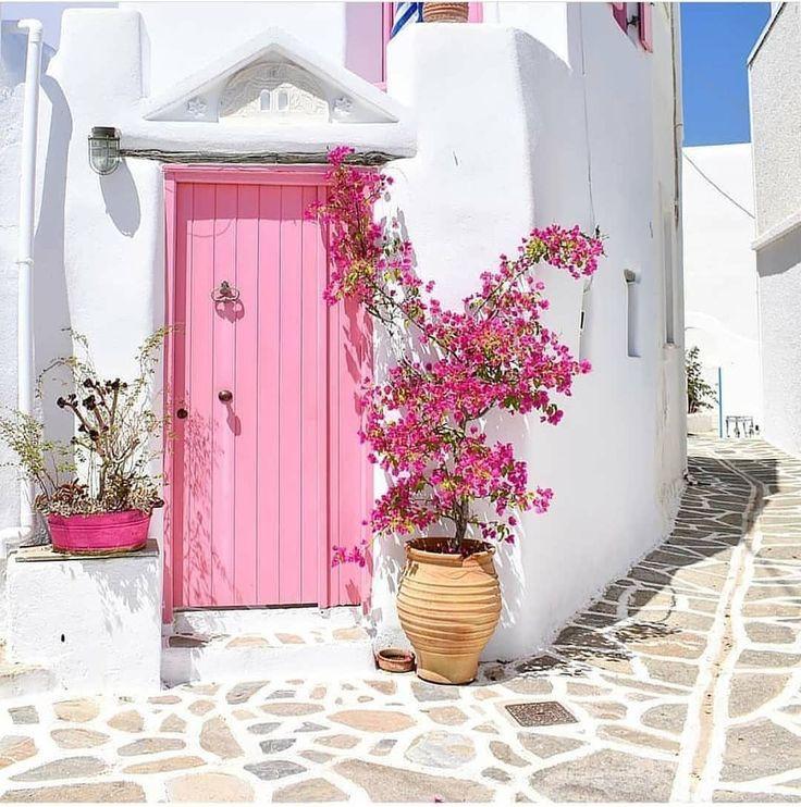puertas-rosa-para-casas-de-verano