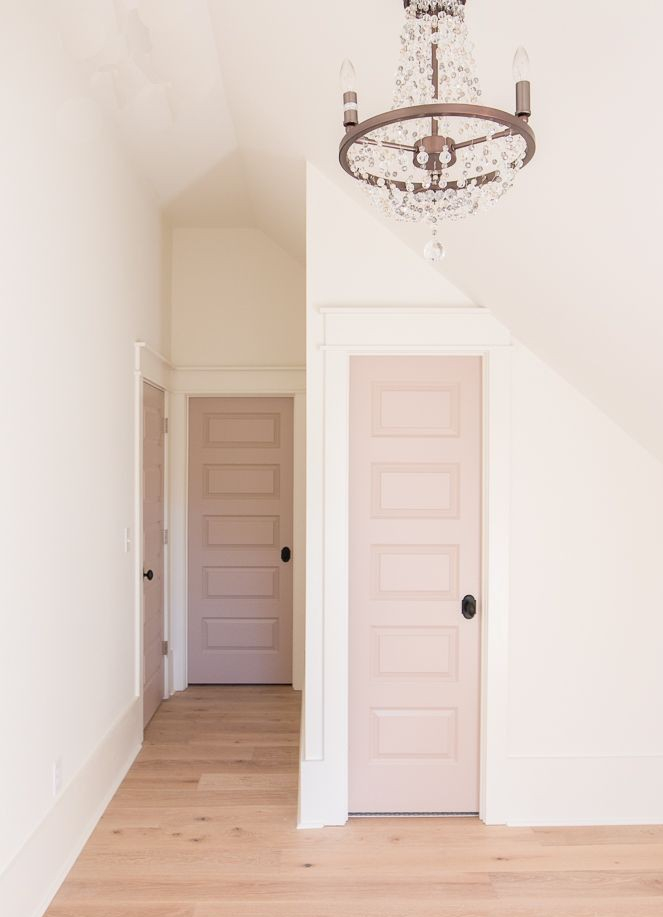 cómo-pintar-las-puertas-de-un-pasillo