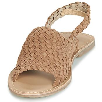 sandalia-plana-de-terciopelo